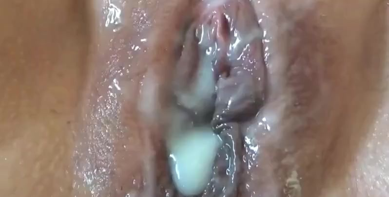 Cunt close up Lisa's Orgasm